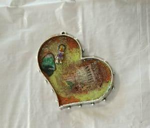 ©2015, Mary Ellen Merrigan, Heart Gift Resin Bezel