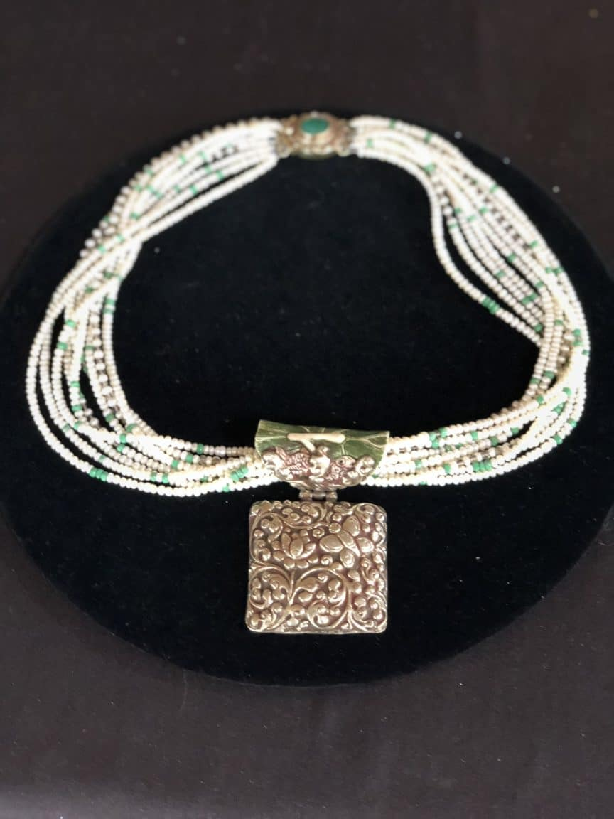 This necklace by Mary Ellen beads Albuquerque presents a way to string beads as art.